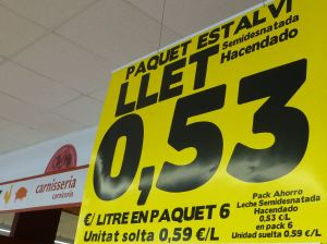 catalan sign in grocery store