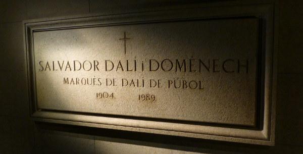 photo of dali crypt