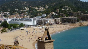 The north beach at Tossa de Mar, with security force