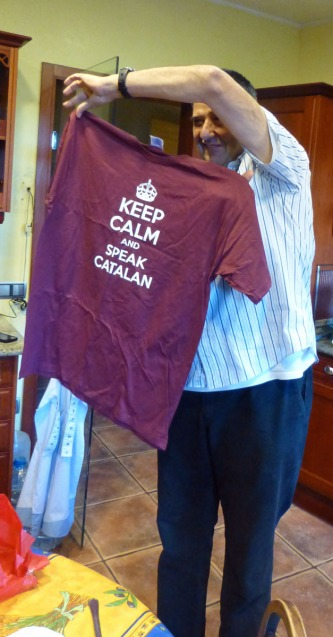 Our friend Vicens models the T-shirt I gave him a few weeks ago. Vicens is a native Catalan speaker.
