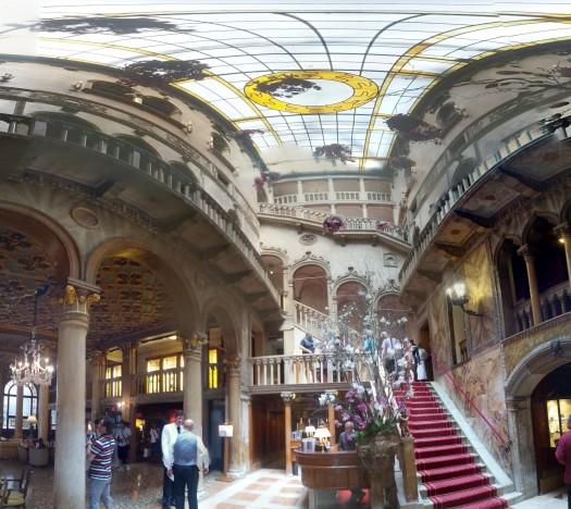 The lobby at Hotel Danieli