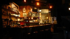 A favorite brewpub: fifteen ales on tap