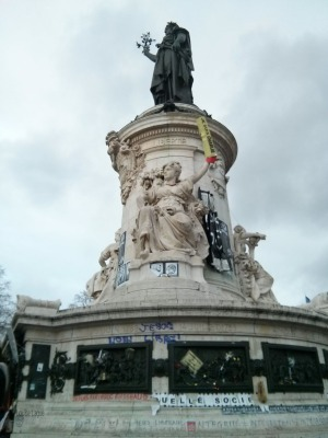 Monument at the center of the Place de la République