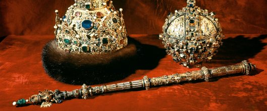 Heavy jewels in the Kremlin Armory