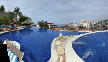 The infinity pool at our apartment