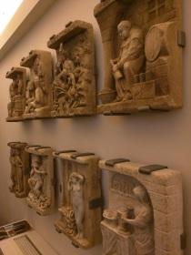bas reliefs-s